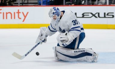 Maple Leafs Re-Sign Pickard