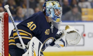 Sabres' Top Lightning - Hutton Stops 30