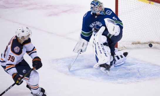 Oilers Beat Canucks on Chiasson's Shootout Winner