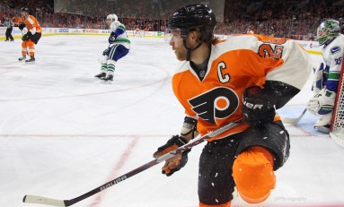 Preview: Canucks Visit Fading Flyers