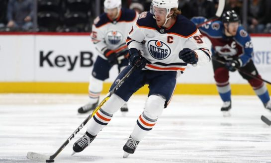 Oilers Beat Avalanche - Nugent-Hopkins Scores Twice