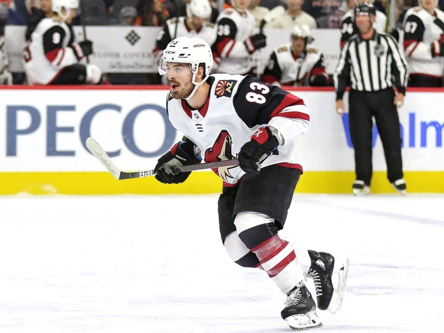Vancouver Canucks Sign Conor Garland to 5-Year Deal