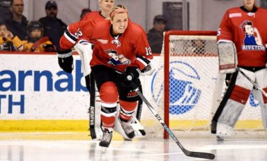 Hillary Crowe Joins Riveters