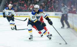Perron Scores 20th Goal in Blues 5-2 Win Over Rangers