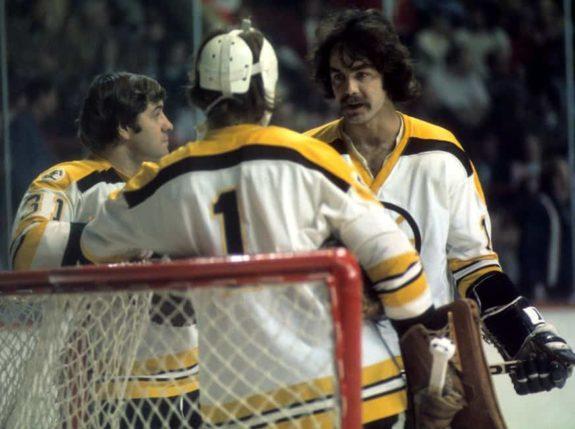 Derek Sanderson #17 of the Boston Bruins
