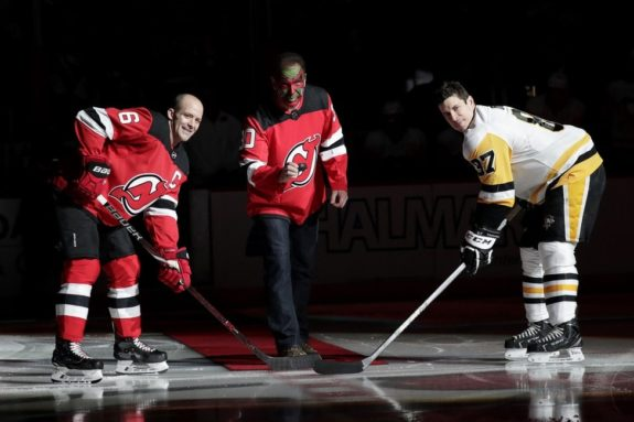 Patrick Warburton David Puddy New Jersey Devils Andy Greene Pittsburgh Penguins Sidney Crosby