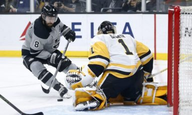 Kings Snap Penguins Streak - Quick Gets 301st Win