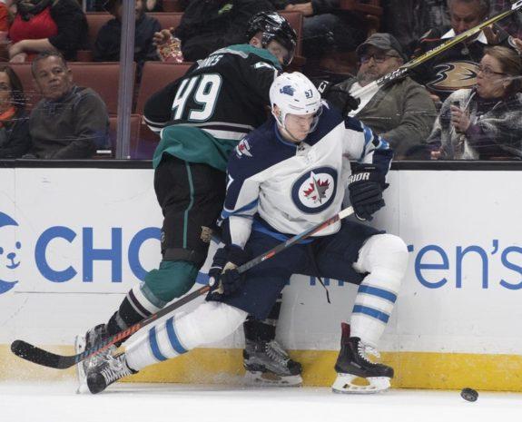 Winnipeg Jets Tyler Myers Anaheim Ducks Max Jones