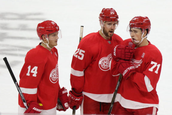 Mike Green, Dylan Larkin, Detroit Red Wings