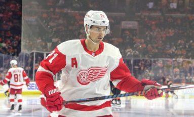 Larkin's Shootout Goal Gives Red Wings 3-2 Win Over Senators