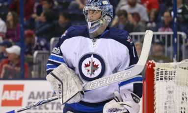 Jets' Burning Question: Who's Going to Backup Hellebuyck?