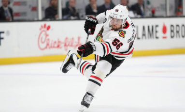 Crawford, Blackhawks Win 5-3 for 1st Victory over Vegas
