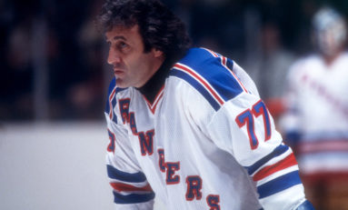 Phil Esposito Grew to Love Rangers Fans, Playing in New York