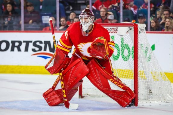 Calgary Flames goaltender Mike Smith