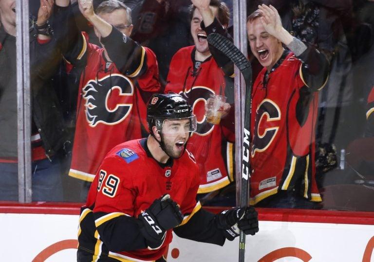Alan Quine Calgary Flames