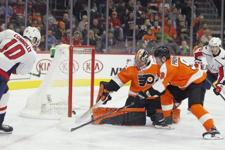 Washington Capitals' Brett Connolly Philadelphia Flyers Carter Hart