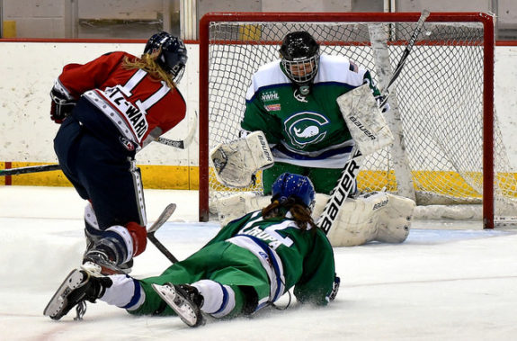 Morgan Fritz-Ward of the Riveters shoots on net. (photo credit: Troy Parla)