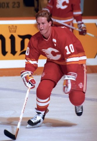 Gary Roberts #10 of the Calgary Flames
