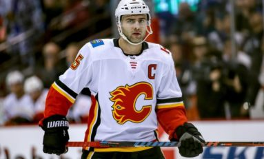 Mark Giordano's Hot Start Continues as He Leads Flames past Red Wings 5-1