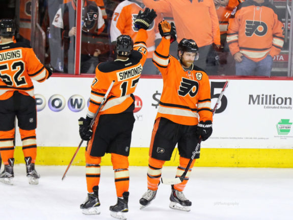 Claude Giroux and Wayne Simmonds