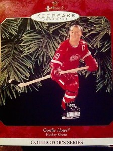 The ornament that Howe signed, even when the autograph session was over.