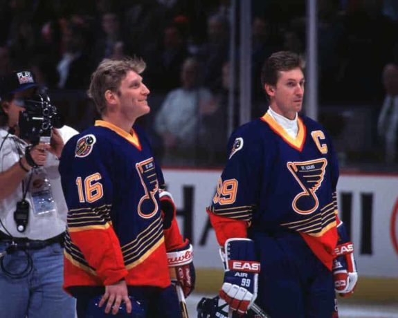 Wayne Gretzky with Brett Hull