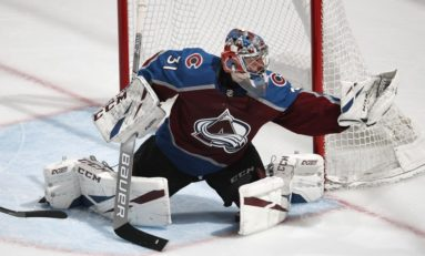 Grubauer's Performance Propels Avalanche Into Playoffs