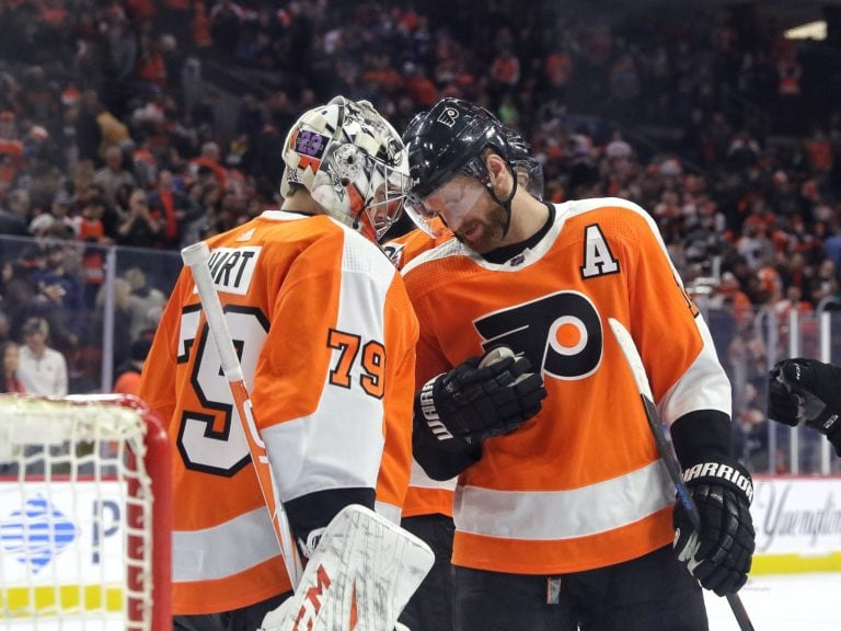 Carter Hart Sean Couturier Philadelphia Flyers