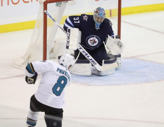 San Jose Sharks Joe Pavelski Winnipeg Jets Connor Hellebuyck