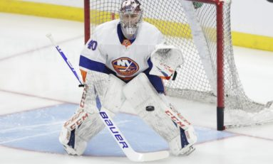 Varlamov, Islanders Blank Sabres in 9th Straight Win