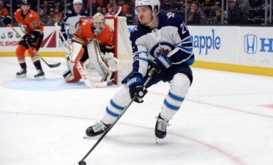 Jets' Roslovic Struggling in Top-Six Role