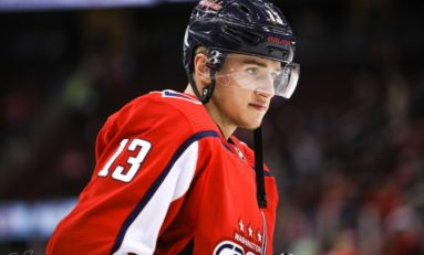 Jakub Vrana Extends Point Streak, Leads Capitals Over Canadiens 4-2