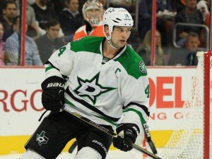 Jamie Benn has set the tone in close games this season. (Amy Irvin / The Hockey Writers)