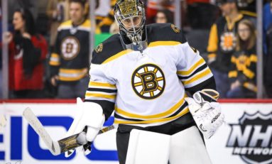 Bruins' Halak Showing His Worth as Backup Goalie