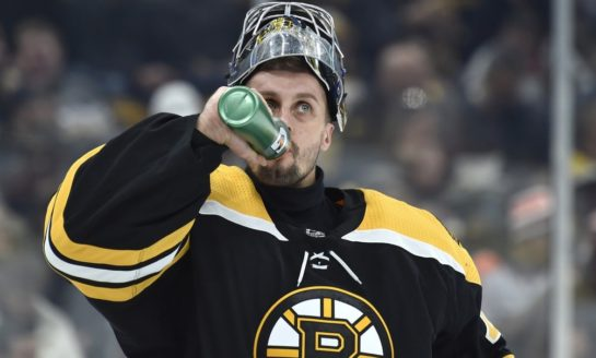 Bruins' Halak Returning to Early-Season Form