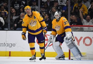 Oct 14, 2016; Los Angeles, CA, USA; Los Angeles Kings center Jeff Carter (77) and goalie Jeff Zatkoff (37) react after a Philadelphia Flyers goal in the second period during a NHL game at Staples Centre. (Kirby Lee-USA TODAY Sports)
