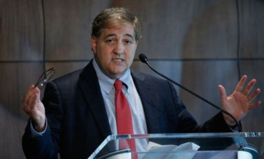 Lightning Owner Jeff Vinik: A Champion On the Ice & In the Community