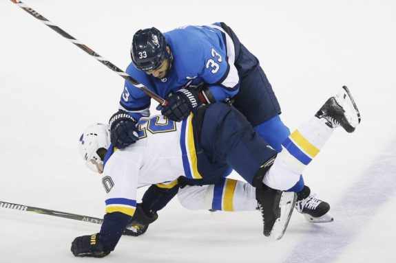 Winnipeg Jets' Dustin Byfuglien St. Louis Blues' Alexander Steen