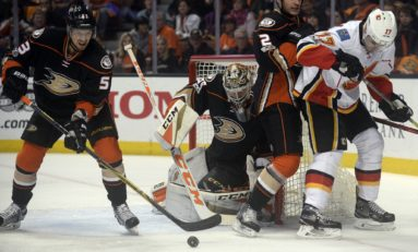 Should John Gibson be a Vezina Finalist?