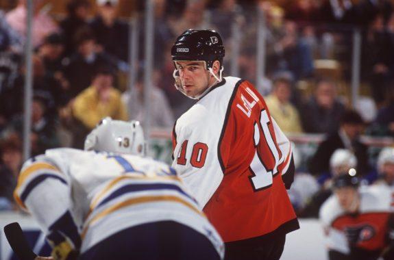 John Leclair Philadelphia Flyers