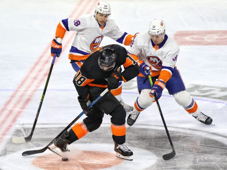 Ross Johnston Michael Del Colle Islanders Tyler Pitlick Flyers