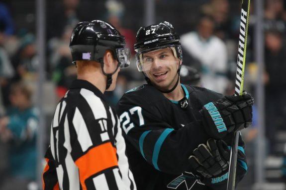 Sharks right wing Joonas Donskoi