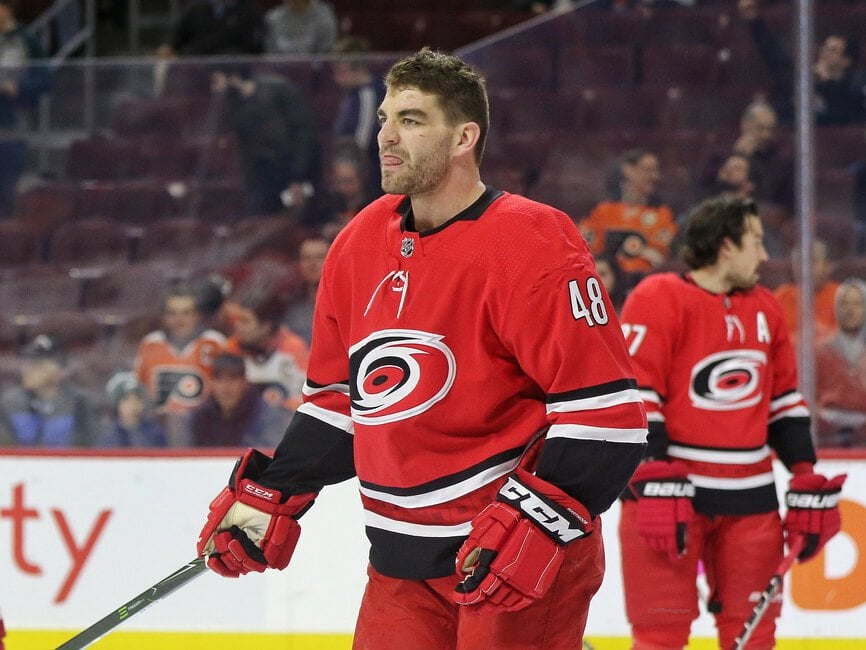 Jordan Martinook, Carolina Hurricanes