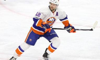 Islanders' Bailey Plays in 800th Career Game