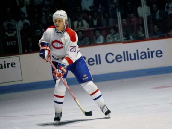 Jyrki Lumme #20 of the Montreal Canadiens