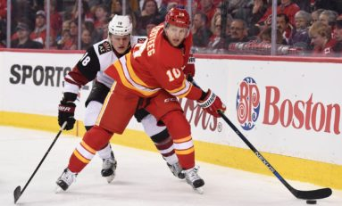 Should the Flames Bring Back Kris Versteeg?