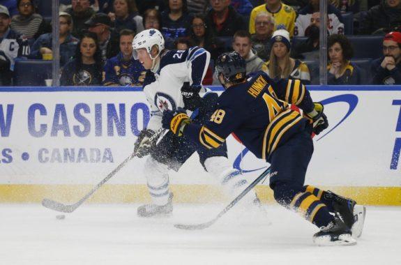 Buffalo Sabres Matt Hunwick Winnipeg Jets Patrik Laine