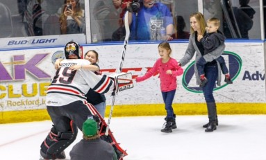 Michael Leighton Deserves to Hog Spotlight