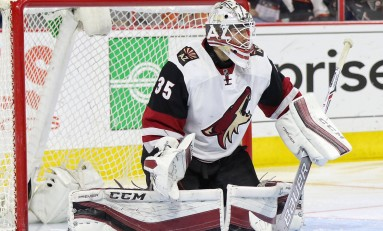 Domingue's Strong Effort Helps Coyotes End Losing Streak