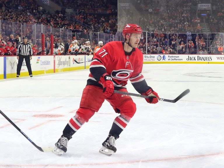Lucas Wallmark, Carolina Hurricanes